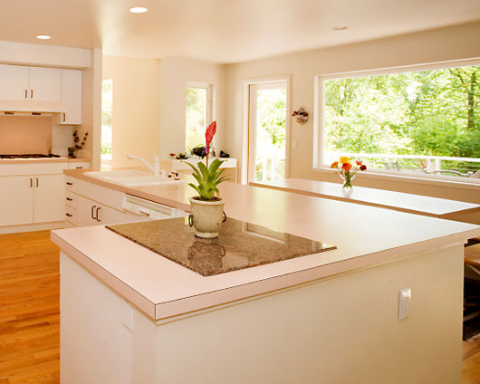Amazing White Kitchens with Laminate Countertops 530 x 424 · 45 kB · jpeg